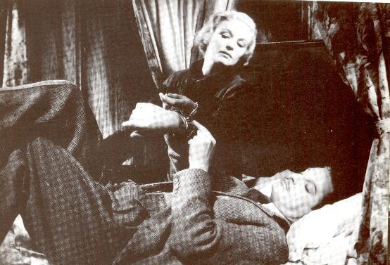 Madeleine Carroll y Robert Donat  en Los 39 escalones